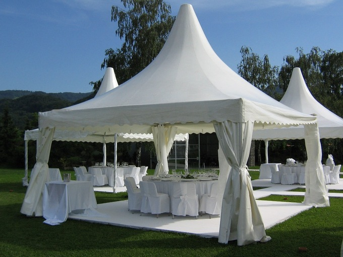 Lurury 10 x 10 Pagoda party Tent Canopy Outdoor Camping Hotel Tents