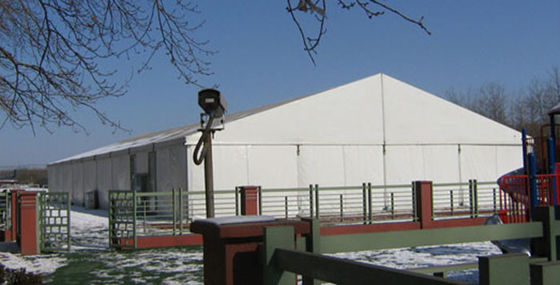 China Hot Sale 20m Width White Ourdoor Warehouse Tent With Waterproof PVC Fabric supplier